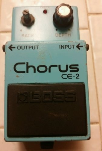 USED VINTAGE BOSS CE-2 CHORUS PEDAL GOOD CONDITION  MISSING ONE KNOB